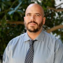 Daniel E. Martínez